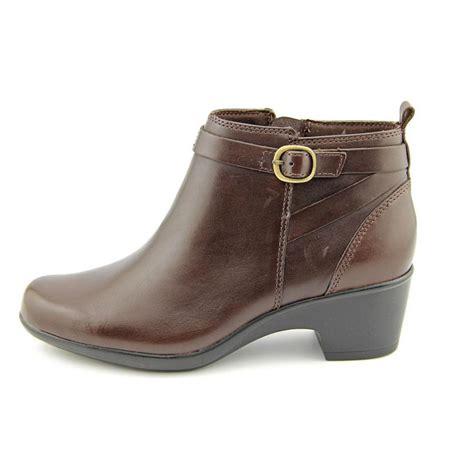 clarks clarks malia hawthorn w leather brown ankle