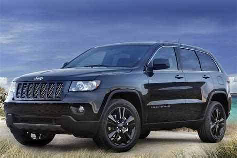 black jeep jeep unveils nameless all black jeep grand cherokee