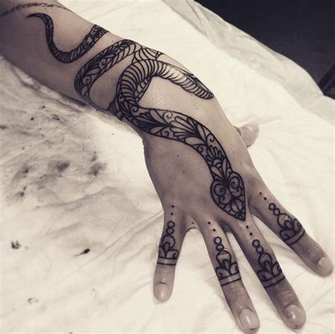 tattoo on hand snake tattoo ideas on back best tattoos 2018 designs ideas