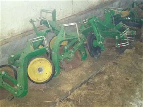 2015 deere fertilizer openers planter and drill