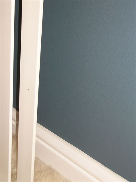 blue grey dulux for bedrrom walls cosy and