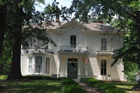 haunted houses columbia mo 12 creepy houses in missouri that could be haunted