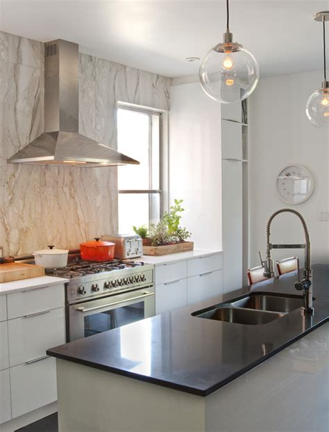 Hgtv Kitchens With White Cabinets White Lacquer Kitchen Cabinets Contemporary Kitchen Hgtv