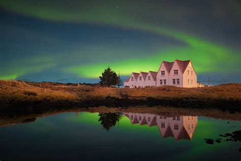 iceland blue lagoon and northern lights package 5 day winter package ice cave northern lights golden