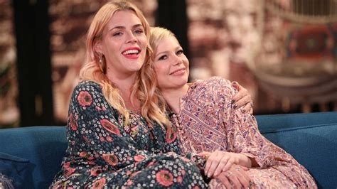 michelle williams  busy philipps cry  sweet toast