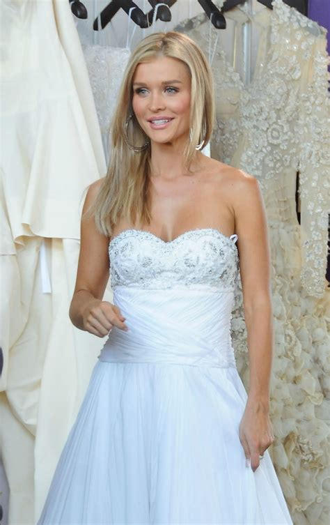 joanna krupa reportedly wants in on u0027real housewives