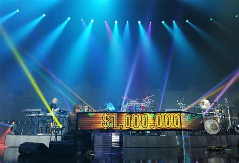 elton john glastonbury elton john s million dollar piano debuts at vegas