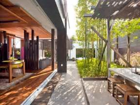 Outdoor House by 26 Modern Contemporary Outdoor Design Ideas
