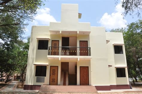 iit madras civil engineers promise 800 sq ft 2 bhk house