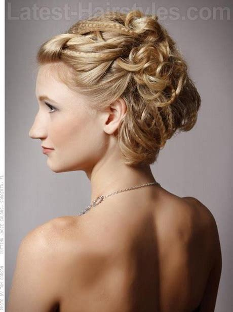 Pretty Hairstyles For Prom by Pretty Hairstyles For Prom