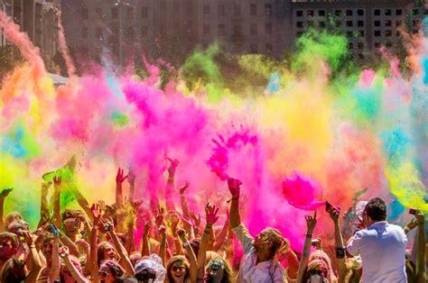 colors by india india celebrates holi the festival of colors