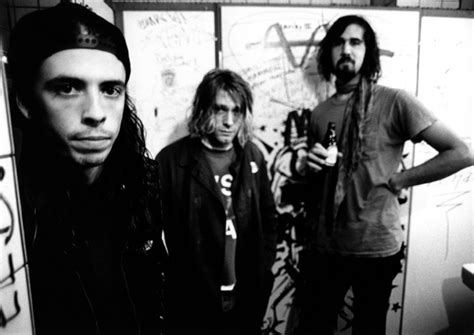 Kaos Classic Rock Band Nirvana 1988 10 nirvana photo readers poll 10 bands who should enter the rock and roll of fame in