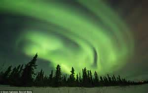 what creates the northern lights what creates the northern lights awe rora borealis green