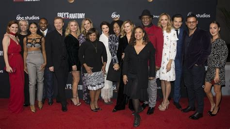 grey s anatomy cast offers hope for couples of grey sloan grey s anatomy stars on the show s legacy and favorite