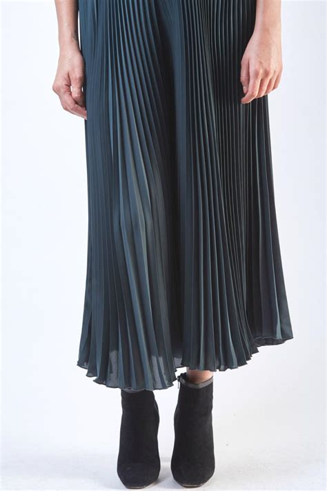 pleated culottes yuki tokyo pleated green culottes skirt from crouch end by
