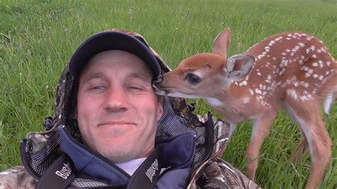 rescues deer baby deer refuses to leave who saved wgn tv