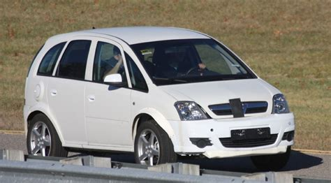 vauxhall meriva weighs up us by car magazine