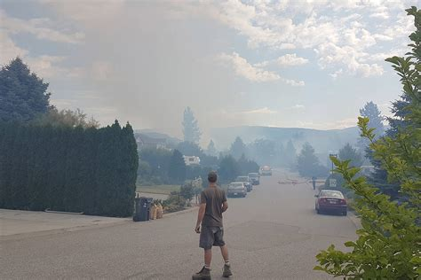 bench on fire update firefighters battling fire on west bench kelowna