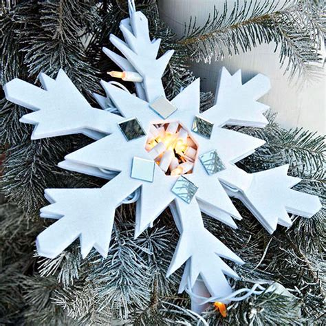 Zen Bathroom Ideas winter and christmas decoration with snowflakes diy