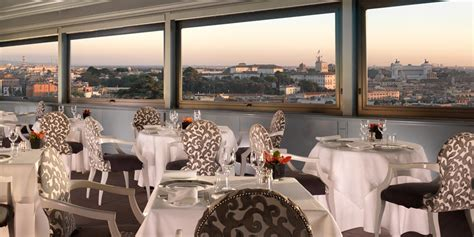 la terrazza ristorante roma cibo gourmet con vista su roma a la terrazza dell hotel