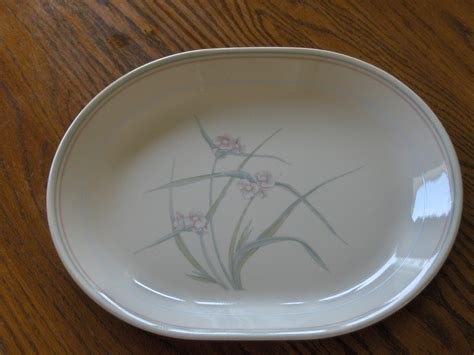 corning spring pond corelle at replacements ltd corelle corning serving platter spring pond plate flowers