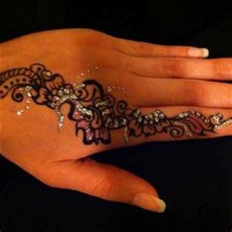 henna tattoo calgary calgary henna mehndi mendi tattoos