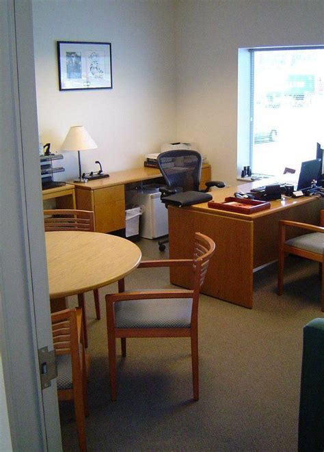 820 south flower building walt disney company office