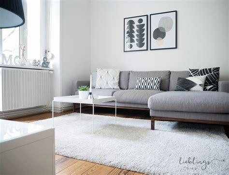 Skandinavisches Wohnzimmer by Wohnzimmer Im Skandinavischen Design Und Ein Gespr 228 Ch 252 Ber