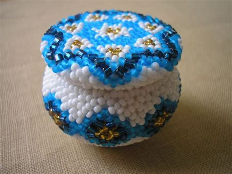 bead translate small beaded vessel picture tutorial translation may be