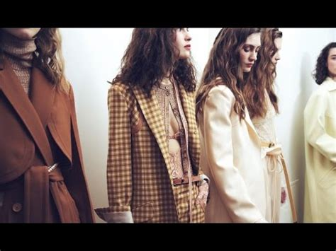 what are the latest trends in france the top trends from paris fashion week fall 2017 youtube