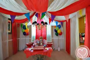 carnival theme decorations 25 best ideas about big top on circus
