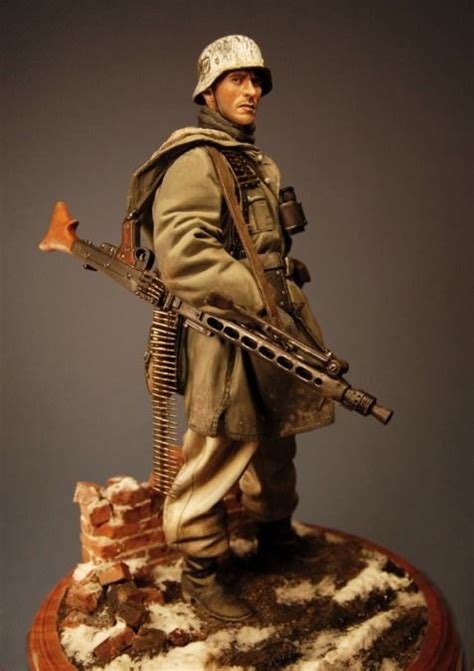 j c figures 1 9 waffen ss machine gunner resin figure painted and