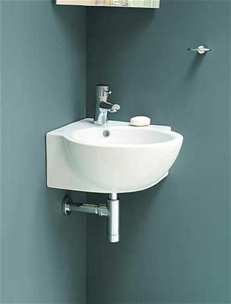 bathroom sinks small spaces