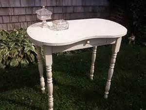 kidney shaped vanity table vintage kidney shaped vanity by kooltiques on etsy