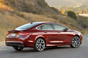 2015 Chrysler 200 Pictures 2015 Chrysler 200 Photo Gallery Autoblog