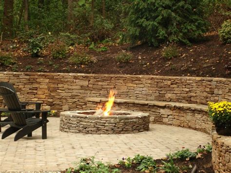 Built In Firepit Firepit With Built In Seating Area Outdoor Living