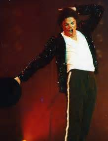 biography of michael jackson in spanish michael jackson claimed to be alive after fans see him in