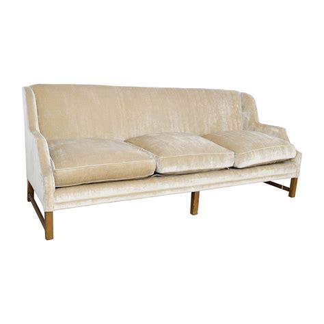 o henry house sofa 87 off o henry o henry taupe velvet couch sofas