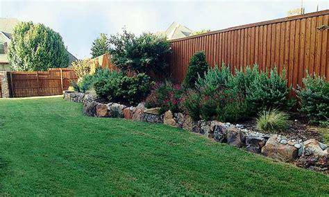 Backyard Fences Pictures Landscape Borders Four Seasons Lawn Care Amp Landscape