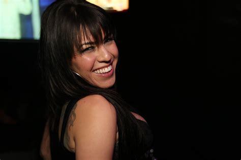 benz shows off her at platinum 84 in denver co youtube