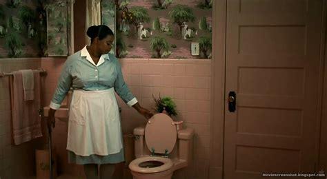 the help bathroom scene slow poke movie review the help oscar worthy