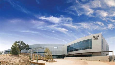 design center valencia santa clarita meeting space business facilities team