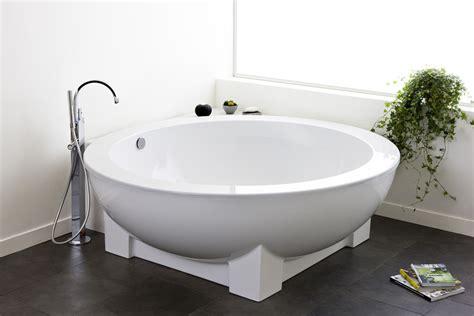 corner freestanding bathtub hoesch michael graves freestanding bathtub dreamscape 1800
