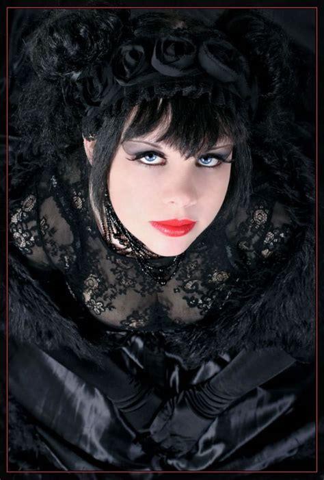 imagenes mujeres oscuras fotos de mujeres oscuras siniestras goticas yaves es