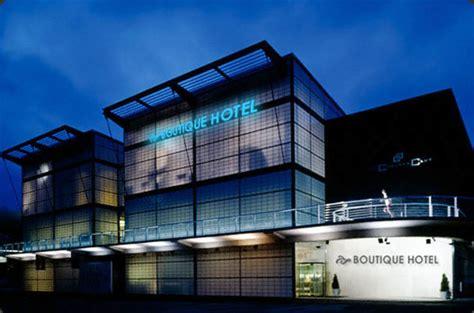 membuka usaha hotel bisnis hotel
