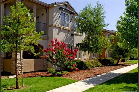 Cheap Apartments Elk Grove Lake Point Apartments 9589 Four Winds Drive Elk Grove