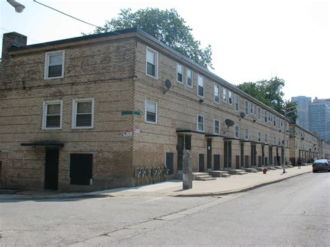 the row house cabrini row house tenants prepare to fight cha we the people media residents journal