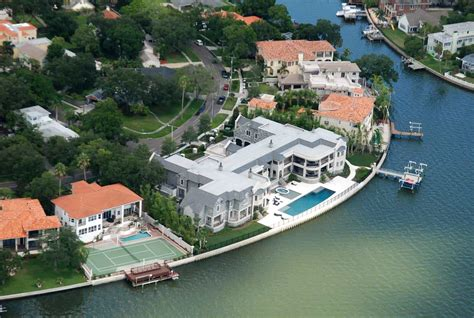 derek jeter house 15 extraordinary mansions owned by mlb players
