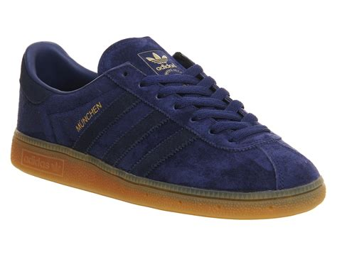 Adidas Munchen Snakers adidas munchen trainers blue navy gum trainers shoes ebay