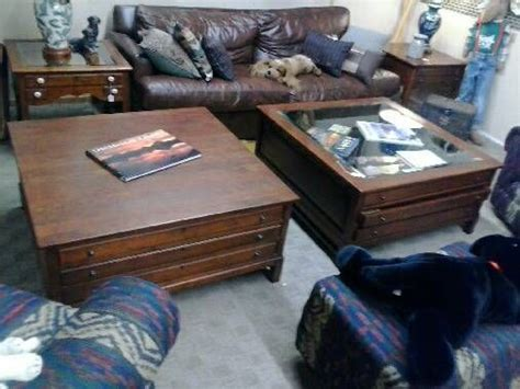 bob timberlake large coffee table w glass top map table w